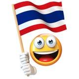 Emoji die Thaise vlag houden, emoticon golvende nationale vlag van het 3d teruggeven van Thailand Royalty-vrije Stock Afbeelding