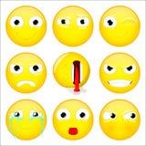 Emoji set Ono uśmiecha się, co, mrugnięcie, gniewny, kompletnie, zło, płacz, przedstawienie jęzor, dąsu emoticon również zwrócić  Zdjęcia Stock