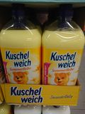 Emolliente del tessuto di Kuschelweich fotografia stock