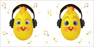 Emoticonkuiken met hoofdtelefoons Stock Foto