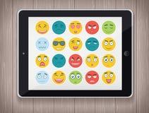Emoticonuppsättning med realistisk minnestavlaPC Emoticon för webbplatsen, pratstund, sms Modern plan design vektor Fotografering för Bildbyråer