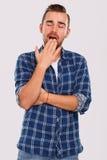 emoties Jonge mens in blauw overhemd royalty-vrije stock foto's