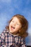 Emotional beunruhigtes, schreiendes schreiendes Baby stockfoto