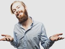 Emotionaler Geschäftsmann zieht seine Hände auseinander und drückt Überraschung und Enttäuschung aus Die goldene Taste oder Errei stockbild