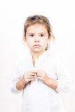 Emotionaler Gesichtsausdruck des kleinen Mädchens - Ruhe Lizenzfreies Stockbild