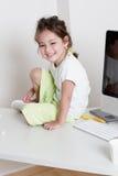 Emotionales kleines Mädchen Lizenzfreie Stockfotos