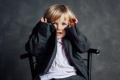 emotionell flicka little stående royaltyfria bilder