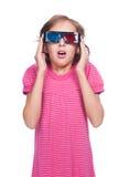 Emotionell liten flicka i exponeringsglas 3d Arkivfoto