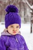 Emotionell stående för ilsken liten flicka, closeup Royaltyfri Fotografi