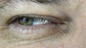 Emozioni in un occhio archivi video