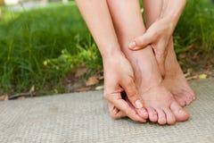 Empêchez les boursouflures de chaussure images libres de droits