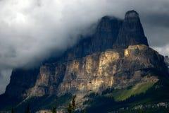 Empalme del castillo, parque nacional de Banff imagen de archivo