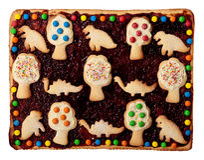 Empanada cuadrada deliciosa con las galletas. Imagenes de archivo