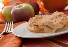 Empanada de Apple holandesa recientemente cocida al horno Foto de archivo