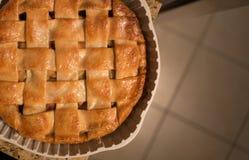 Empanada de manzana cocida al horno Imagen de archivo libre de regalías