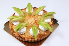 Empanada de manzana hecha en casa con la manzana fresca imagen de archivo