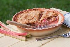 Empanada de ruibarbo cocida fresca - vista lateral Imagen de archivo