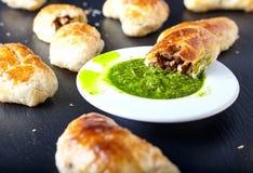 Empanadas - зажаренные в духовке Аргентиной пироги мяса Стоковая Фотография