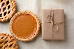 Empanadas y paquete del día de fiesta Imagen de archivo