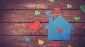 Empapele la casa Imágenes de archivo libres de regalías
