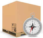 Empaquetez les boîtes couvertes sur la palette en bois avec a Photographie stock libre de droits