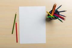 empaquetez les crayons Photo stock
