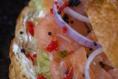Emparedado de color salmón fumado Imágenes de archivo libres de regalías