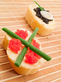 Emparedados con el caviar Foto de archivo libre de regalías