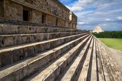 Emparede los detalles en Uxmal - Maya Architecture Archeological Site antigua en Yucatán, México Imagen de archivo