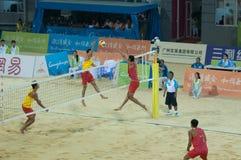Emparejamiento de la medalla de oro del voleibol de la playa Imagen de archivo libre de regalías