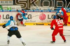Emparejamiento final de la liga de hockey de la universidad Imagenes de archivo