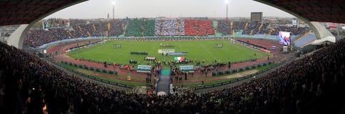 Emparejamiento Italia del rugbi contra Suráfrica - el estadio de Friuli Imagen de archivo