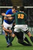 Emparejamiento Italia del rugbi contra Suráfrica - trastos Foto de archivo