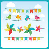 Empavesado y Garland Set With Cute Birds y molinillo de viento del color Guirnaldas comerciales del día de fiesta Imagen de archivo