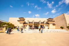 Emper秦代的赤土陶器战士和马博物馆 免版税库存照片