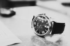 Empfindliche Uhr stockbilder