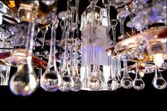 Empfindlicher Leuchter von Farbblumenlampen auf Schwarzem Lizenzfreies Stockbild