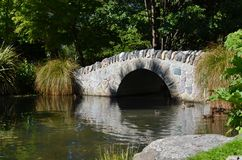 Empiedre el puente Fotos de archivo libres de regalías