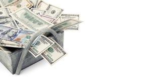 Empilez l'argent américain vieux et les nouveau cent billets d'un dollar d'isolement sur le chemin de coupure blanc de fond avec  Images stock