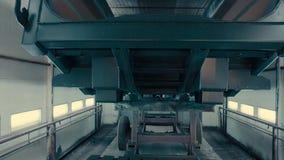 A empilhadeira que leva o corpo do caminhão vídeos de arquivo