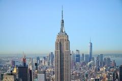 Empire State Building com panorama de Manhattan fotos de stock