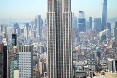Empire State Building con el panorama de Manhattan fotografía de archivo libre de regalías