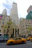 Empire State Building e Herald Towers, NYC Fotografia de Stock Royalty Free