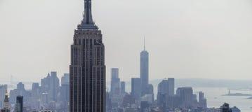 Empire State Building e panorama dell'orizzonte Fotografia Stock Libera da Diritti