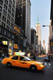 The Empire State Building and the Fifth Avenue Royalty Free Stock Photos
