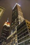 Empire State Building nel colore tedesco della bandiera Immagine Stock