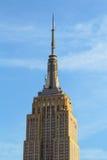 Empire State Building som beskådas från gatan Royaltyfria Foton