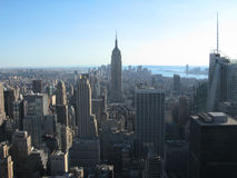 Empire State Building und New York City lizenzfreie stockfotos