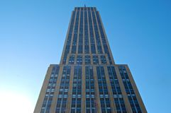 Empire States Building. Looming over the viewer Royalty Free Stock Photos