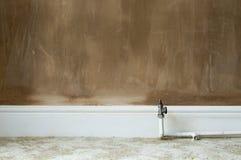 Emplastro molhado e úmido em uma renovação do interior da casa Fotografia de Stock Royalty Free